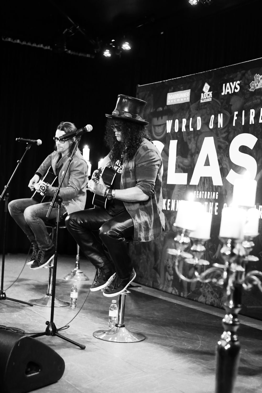 Slash & Myles Kennedy Akustiskt på Metropol Palais